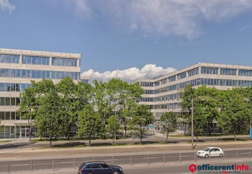 Offices to let in Łopuszańska Business Park